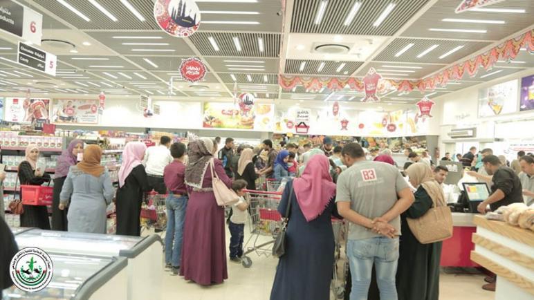 توزع قسائم شرائية على 500 عائلة فقيرة في قطاع غزة ضمن مشروع افطار صائم من جمعية غيث للإغاثة والتنمية