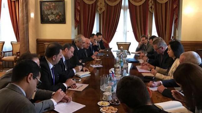موسكو: من الضروري إيلاء اهتمام مستحق لقضية الإرهاب وضمان التمثيل الشامل للمعارضة في جنيف