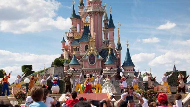 أميركا.. تراجع عدد السياح الأجانب للمرة الأولى منذ 2009
